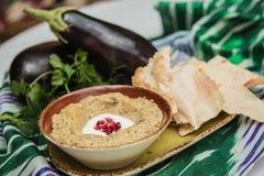 Ganoush arabo tradizionale del babza della immersione della melanzana Fotografia Stock