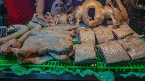 Ganso hervido en mercado de la noche de Taipei fotografía de archivo