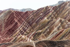 GANSU, CHINA - 10 April 2015: Kleurrijk Heuvels Toneelgebied van Zhang Royalty-vrije Stock Foto's