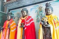 GANSU CHINY, Apr, - 08 2015: Budda statuy przy Haizang świątynią stratocaster gitara elektryczna Obraz Royalty Free