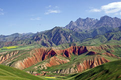 Gansu zhuoerberg på porslinet Royaltyfri Foto