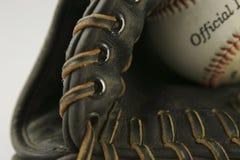Gant de base-ball avec la bille Photo libre de droits
