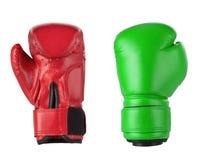 Gants de boxe rouges et verts Image libre de droits