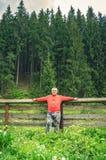 Ganzaufnahme eines älteren Mannes Lizenzfreies Stockfoto