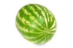 Ganze süße Wassermelone, Vorderansicht, über weißen Hintergrund Lizenzfreies Stockfoto