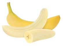 Ganze und abgezogene Banane lokalisiert auf Weiß mit Beschneidungspfad Lizenzfreie Stockbilder