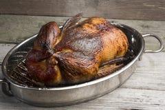 Ganzes briet Ente mit Gewürz und Sirup glasierte knusperige Haut lizenzfreies stockbild