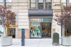 GAP almacena en New York City imágenes de archivo libres de regalías