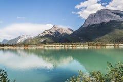 Gap jezioro i góra Fotografia Royalty Free