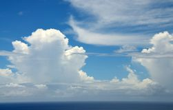 Gap zwischen den Wolken Lizenzfreies Stockfoto