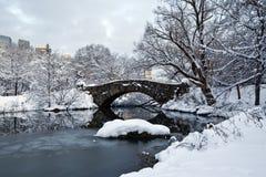 Free Gapstow Bridge In Winter Royalty Free Stock Images - 13214579