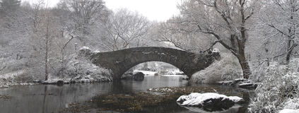 Gapstow bridge in winter Royalty Free Stock Image