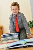 Garçon avec des livres Image stock