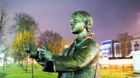 Garçon avec le monument d'appareil-photo Photographie stock libre de droits