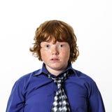Garçon couvert de taches de rousseur de rouge-cheveux Photo libre de droits