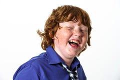 Garçon couvert de taches de rousseur de rouge-cheveux image stock
