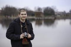 Garçon d'adolescent photographié Photo libre de droits