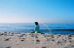 Garçon dans la plage Images stock