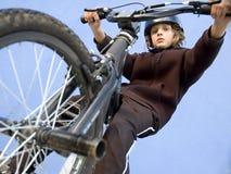 Garçon de BMX Images libres de droits