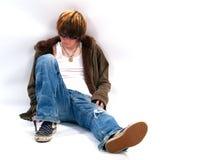 Garçon de l'adolescence avec l'assiette Photographie stock libre de droits