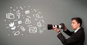Garçon de photographe capturant les icônes et les symboles blancs de photographie illustration libre de droits