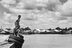 Garçon de rivière Images libres de droits