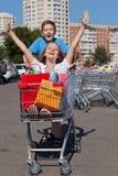 Jeunes acheteurs Photos libres de droits