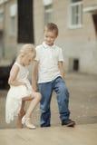 garçon et fille d'histoire d'amour Images stock