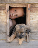 Garçon et son animal familier Photographie stock