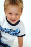 Garçon heureux d'enfant en bas âge Image stock