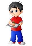 Garçon mignon se tenant avec tenir le carnet illustration libre de droits