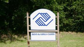 Garçons et club de filles Images libres de droits