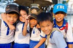 Garçons vietnamiens heureux photo stock