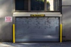 Garażu drzwi dla ochrony zdjęcie stock