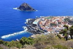 Garachico在Tenerife海岸的城镇viewscape  图库摄影