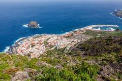 Garachico,特内里费岛鸟眼睛视图。 免版税图库摄影