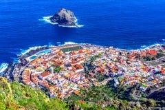 Garachico Tenerife, kanariefågelöar, Spanien: Överblick av sänkan royaltyfria bilder