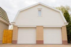 Garage con due porte Fotografia Stock Libera da Diritti