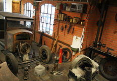 Garage d'annata dentro Fotografia Stock