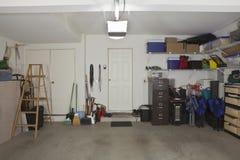 Garage de deux véhicules Photographie stock libre de droits