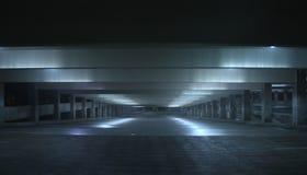 Garage de nuit Photo libre de droits