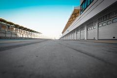 garage della gara motociclistica su pista del Automatico-motore Fotografie Stock Libere da Diritti