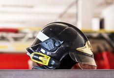 Garage des voitures et de l'équipement du corps de sapeurs-pompiers de ville Image stock