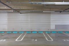 Garage di parcheggio sotterraneo Fotografia Stock