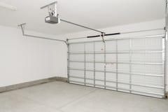 Garage residencial de la casa Fotografía de archivo