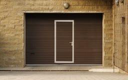 Garage-Türen stockbilder