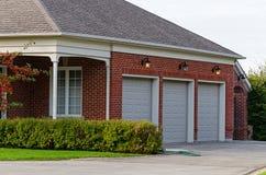 Garage triple image libre de droits