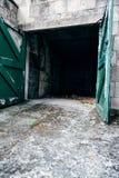 Garage vuoto dell'automobile fotografie stock