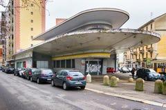 GarageItalia egenar i Milan royaltyfri fotografi