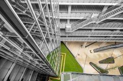 Garagem de estacionamento de aço da construção Foto de Stock Royalty Free